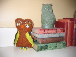 Owls on mantle
