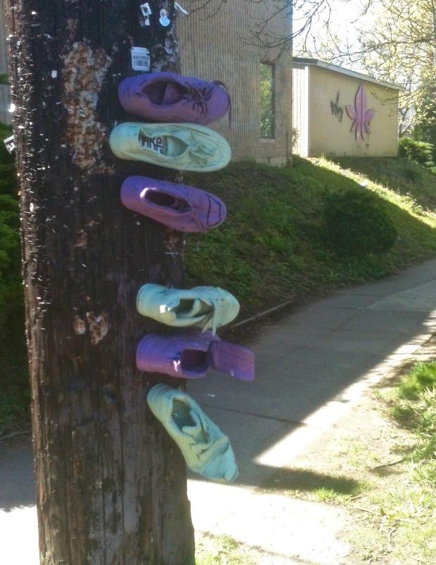 Shoe art Division St (1)