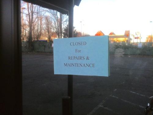 closed sign exotica