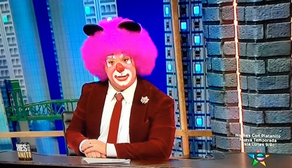 pink-haired-clown