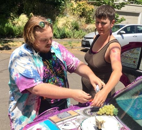 Street Transmissions: An Art Car Fundraiser 7