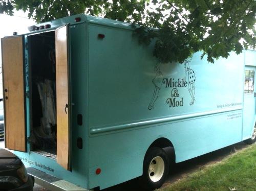 Wardrobe truck